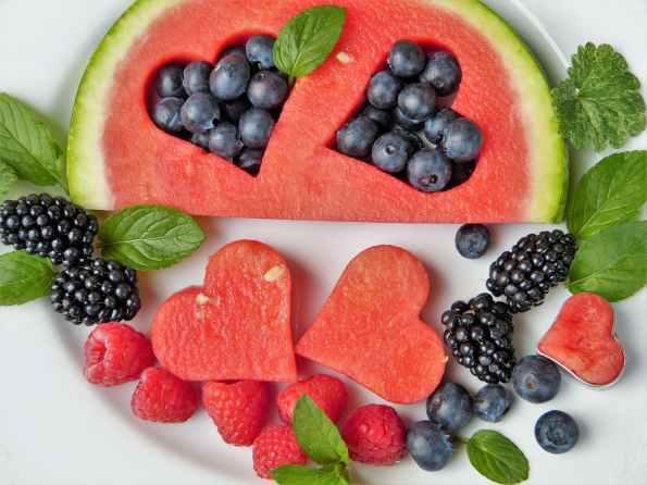 blackberries blueberries fresh fruits
